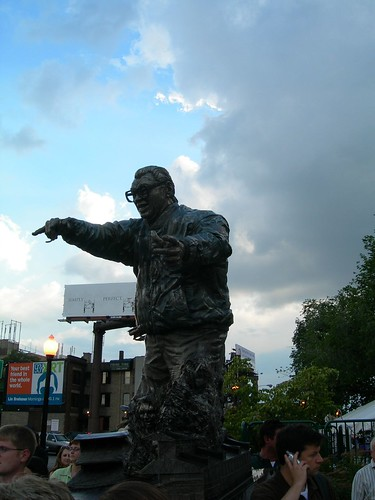 harry Caray Statue Wrigley