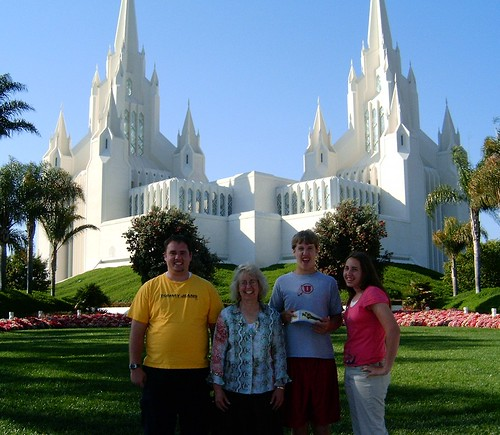 Family Picture at the San Diego temple