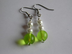 Earrings: Green and Pearl