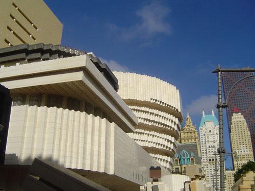 El museo Guggenheim de Nueva York construido con piezas de LEGO