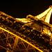 夜裡的巴黎鐵塔更美