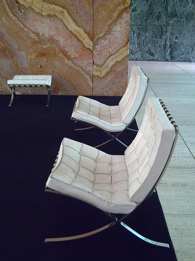 Barcelona Photoblog Barcelona Chair By Ludwig Mies Van
