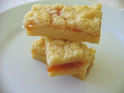 apricot shortbread bar