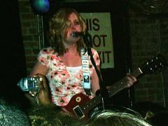 03-03-05 aSleater - Kinney @ Mercury (7)