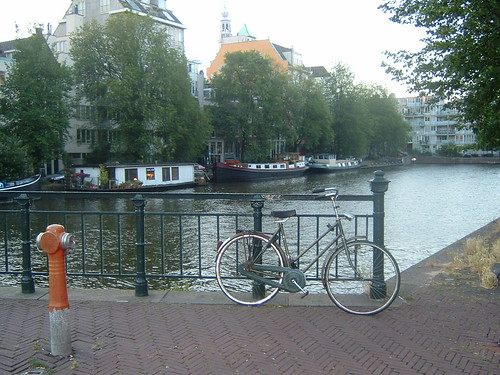 Amsterdam,  sus canales y bicicletas