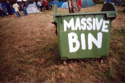 massive bin (by daz tazer)