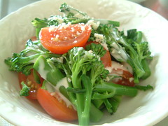 スティックセニョールとトマトのサラダ