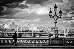 Westminster Bridge BW photo by Jeison Spaniol