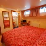 Bordeau bedroom Barge Apres Tout