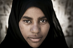Face to face with a Nubian beauty - Elephantine Island, Aswan - EGYPT - photo by C.Stramba-Badiali