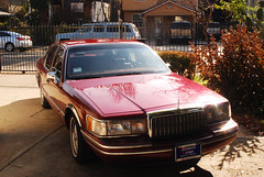 1993 Lincoln Town Car photo by Photo Cindy