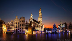 Grand' Place Bruxelles - Brussel Grote Markt - Brussels, Belgium photo by Gaston Batistini