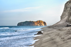 My Lonely Island - Niijima Coast at Sundown photo by Sprengben [why not get a friend]