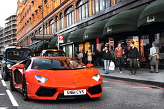 Harrods Cruising. photo by Alex Penfold