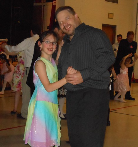 Wordless Wednesday Father Daughter S Dance From Deb S Desk