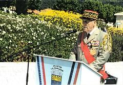 25 mai 1996 - La Farlède- Inauguration du rond-point de la 1ère DFL par le général Saint Hillier - Fonds Pierre Tropet