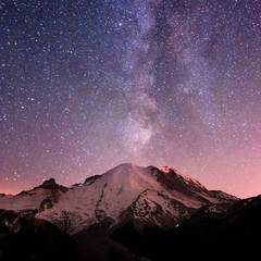 Rainier and Milky Way photo by Deej6