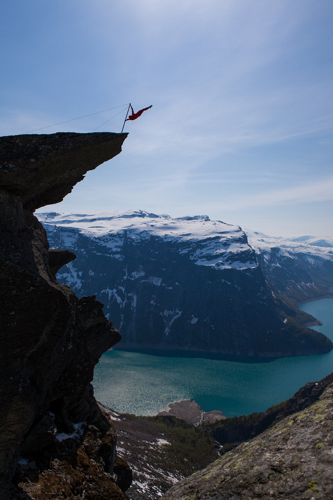 Trolltunga extreme [explored] photo by Dag Endre Opedal