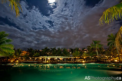 Hotel Riu Montego Bay, Jamaica pool at night with 2012 super moon photo by andreas_schneider