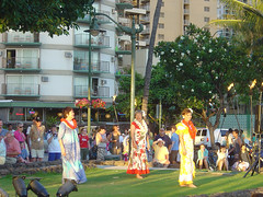 Kuhio Beach - Dancers