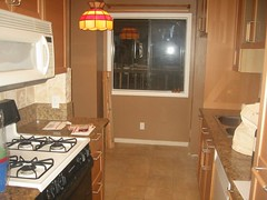 LA_Condo_MoveIn_Dec2005 016