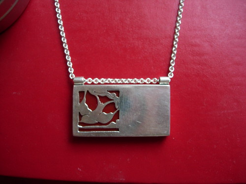 Originals-Asymmetrical Necklace-Swallow-Red