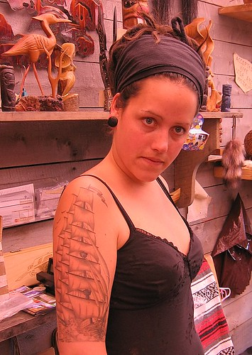 Woman with Amazing tattoo – Tobermory, a diver, rockwatching,