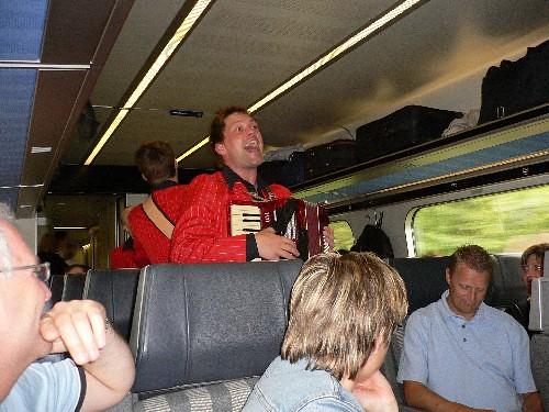 sang i toget 1