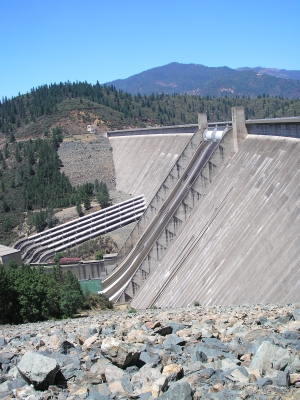 Shasta Dam, side view