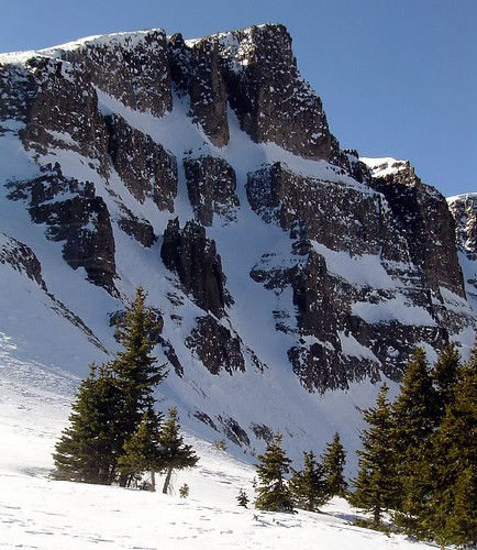 Twin couloirs on the eastern flank of French Spy Bowl.