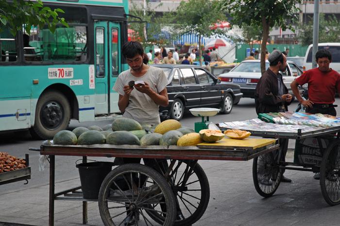 大巴札的水果販