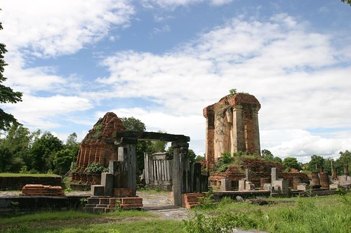 Budda and Temples in Sukhothai 23