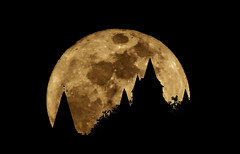Super Moon, Re-Visited photo by milleniumxgirl