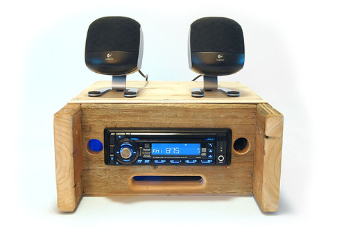 Billy 39 s captures hd car radio converted into home stereo for Classic house radio