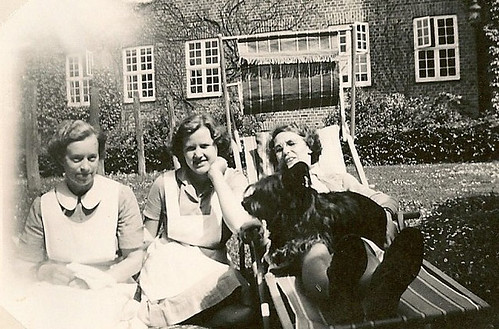 Marie, Solveig, Olle m. Bambi