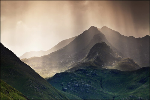 Forcan Ridge & The Saddle photo by angus clyne