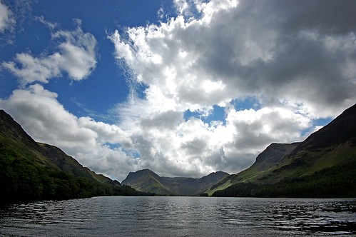 Buttermere, Lake District photo by DaveJC90