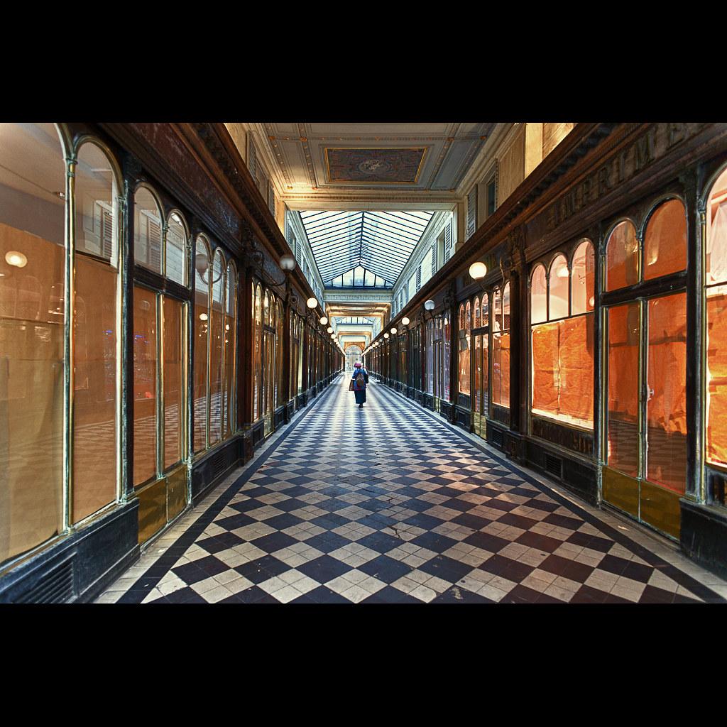 Galerie Véro-Dodat, Paris. photo by Zed The Dragon