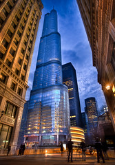 Photo Walk Blue Hour at the Trump Tower photo by Chris Smith/Out of Chicago