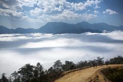 Qua cửa Thiên Đường photo by Casper_HN