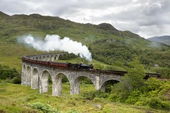 Jacobite steam train, Glenfinnan Viaduct photo by VisitScotland