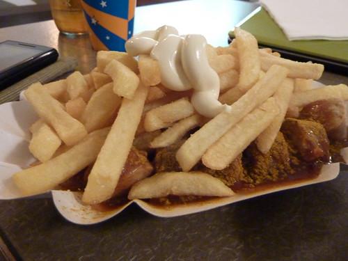 Currywurst & Pommes @ SCHMITT Foxy Food