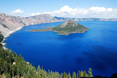 Crater Lake, Oregon photo by WorldofArun