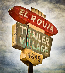 El Rovia Trailer Village photo by Shakes The Clown
