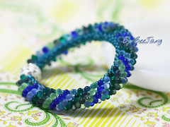 Green Dragon Bracelet photo by BeeJang - Piratchada
