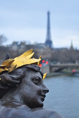Georges Récipon : Les Nymphes : La Néva.  Alexandre III bridge Paris, France. photo by Dan in Mars