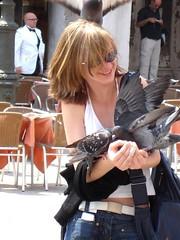 聖馬可廣場餵鴿子_004