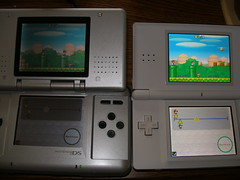 Nintendo DS Fat vs Nintendo DS Lite - New Super Mario Bros