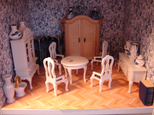 A peaceful day in the dollhouse
