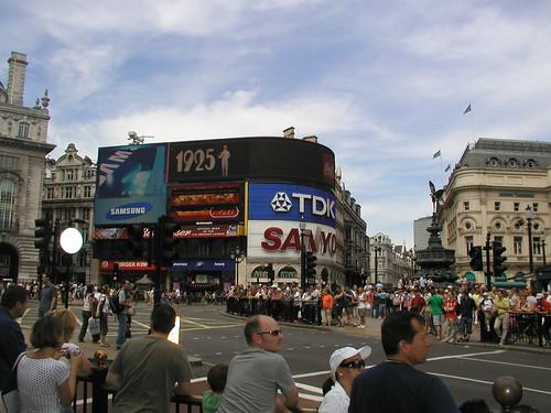 London 0706 082